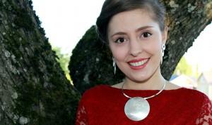 Vierailevana laulusolistina kuultiin Elene Mindrua. Kuva: Sampsa Hakala