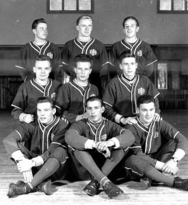 LP:n joukkue vuonna 1953. Takarivissä Esko Häyry, Eino Heikkilä ja Pentti Suonpää. Keskirivissä Antti Nurminen, Eero Vilevaara ja Pentti Päivölä. Eturivissä Kauko Leino, Mauno Suonpää ja Valto Heinonen.