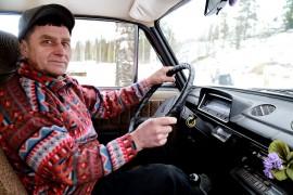 Vanhempi väki muistaa Ladan lämpimänä autona. Pertti Mäkelän mukaan nykyautot ovat vähintään yhtä lämpimiä kuin Lada, mutta takavuosikymmeninä Ladassa saattoi tarjentua muita merkkejä paremmin. Kuva: Sampsa Hakala