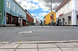 Kävelykatua on ehdotettu Heimolinnankadun päähän. Kuva: Lari Kiviranta