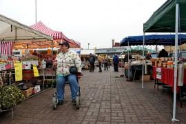 Savipäivämarkkinat pidetään Loimaan torilla perinteisesti marraskuun ensimmäisenä perjantaina. Kuva: Reetta Mäkinen.