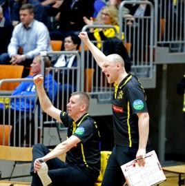 Lauri Rantanen (oik) on kuulunut kiinteänä osana Jankkoon ja loimaalaiseen lentopalloon jo parinkymmenen vuoden ajan. Kuva: Juuso Riponiemi