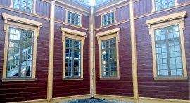 Punkalaitumen kirkko on rakennettu vuonna 1774. Alunperin kirkko oli väriltään vaalea. Viimeiset 40 vuotta kirkko on ollut punaruskea. Kuva: Sampsa Hakala